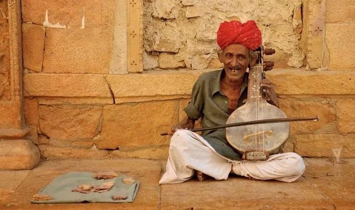 Moomal singer Dapu Khan Mirasi , Voice of the Jaisalmer Fort, khamaicha player, International Folk Artist, Dapu Khan Mirasi , , Moomal,